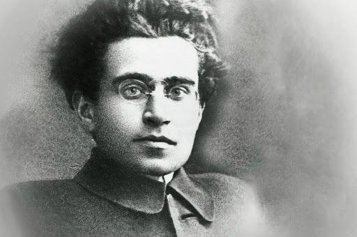 Gramsci, bá quyền và quan hệ quốc tế: một cố gắng hệ thống hóa